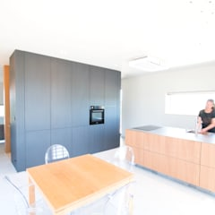 Kitchen by Studioschaeffer Architecten BNA