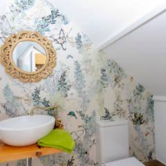 VIVIENDA PYA - PUERTOLLANO, CIUDAD REAL: Baños de estilo  de MIMESIS INTERIORISMO