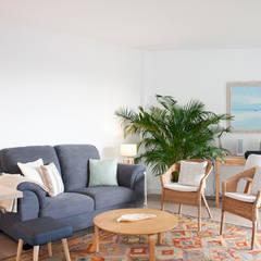 Ruang Keluarga Gaya Mediteran Oleh Renoba · Reformas e Interiorismo Mediteran