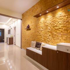 Valmark Aastha, 3 BHK - Mr. Anup & Ms. Harshitha:  Corridor & hallway by DECOR DREAMS,Modern
