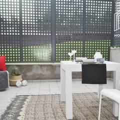 Home Staging Loft San Sebastián de Los Reyes: Terrazas de estilo  de Interior Home Staging