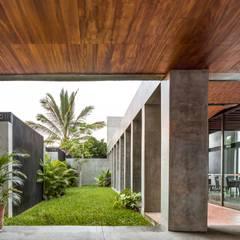 Apaloosa Estudio de Arquitectura y Diseño의  앞마당
