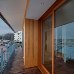 家山真建築研究室 Makoto Ieyama Architect Office의  발코니