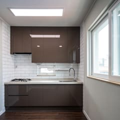 Dapur kecil  by inark [인아크 건축 설계 디자인]