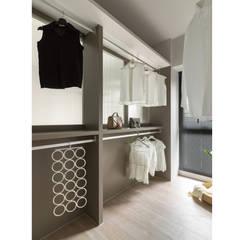 Dressing room by 寓子設計