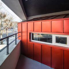 interior & architecture by INARK 대구 달서구 두류동 도담도담 하우스 대구 협소주택 소형주택 상가주택 전원주택 인아크 건축 설계 인테리어 디자인: inark [인아크 건축 설계 디자인]의  베란다,미니멀