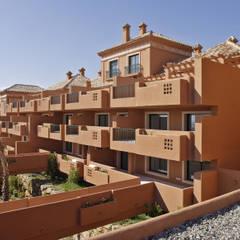 منازل التراس تنفيذ Estudio de Arquitectura Juan Ligués, بحر أبيض متوسط أسمنت