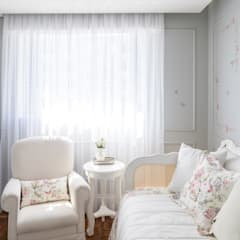 Dormitorios de bebé de estilo  por BEP Arquitetos Associados, Clásico