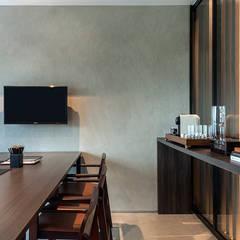 Escritório de advocacia moderno Escritórios minimalistas por BEP Arquitetos Associados Minimalista