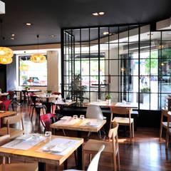 ร้านอาหาร by Maria Petite