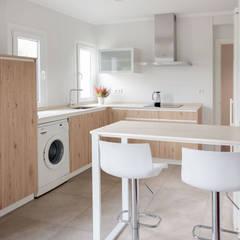 Built-in kitchens by Basoa Decoración