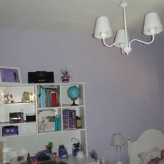 BATTERY HOUSE: Dormitorios pequeños de estilo  por GR Arquitectura,Moderno Derivados de madera Transparente