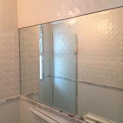 Apartamento Residencial Premiere Banheiros clássicos por Rissetti Arquitetura Clássico