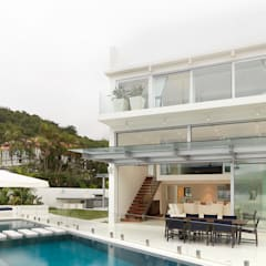 Water Front House - Clearwater Bay:  Pool by Original Vision, Modern
