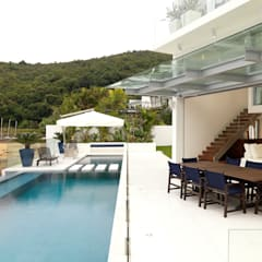 Water Front House - Clearwater Bay:  Garden by Original Vision, Modern