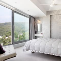 Clearwater Bay House:  Bedroom by Original Vision, Modern