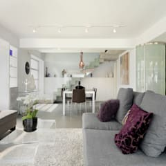 Clearwater Bay House:  Living room by Original Vision