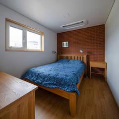 이유있는가: 소하  건축사사무소    SoHAA의  침실,클래식