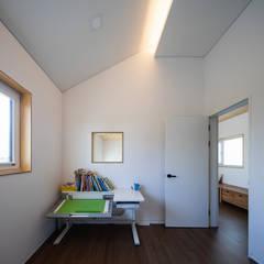 소복소복하우스: 소하  건축사사무소    SoHAA의  아이방