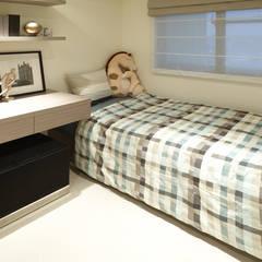 غرف نوم صغيرة تنفيذ 鼎爵室內裝修設計工程有限公司