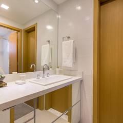 1202 - Porto Alegre Incomparável Banheiros clássicos por BWL - Design de Interiores Clássico