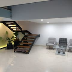 Stairs by IINGENIO CONSTRUCTORES,