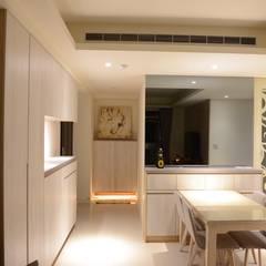 غرفة السفرة تنفيذ 台中室內設計裝修|心之所向設計美學工作室