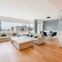 ATICO AZUL BARCELONA: Salones de estilo  de LF24 Arquitectura Interiorismo