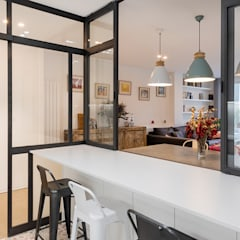 PISO MODERNO BARCELONA SANT GERVASI: Cocinas de estilo  de LF24 Arquitectura Interiorismo