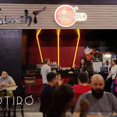 Mini Maki Sushi Bar - Shopping Ibiapaba: Espaços gastronômicos  por Motirô Arquitetura e Engenharia