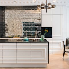 Built-in kitchens by Arzu Kartal Interior Studio & Concepts