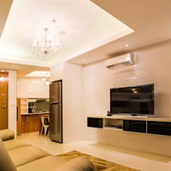 Apartment The Mansion 1 bedroom:  Ruang Keluarga by Total Renov Studio