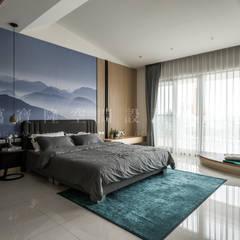 大隆建設/海灣Villa CEO會館2-碧海達觀:  臥室 by SING萬寶隆空間設計