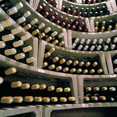 SPIRAL CELLARS Interiors :  Wine cellar by Spiral Cellars, Rustic