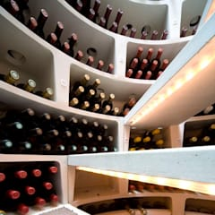 SPIRAL CELLARS Interiors :  Wine cellar by Spiral Cellars, Modern