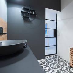 Baños de estilo  por Pasja Do Wnętrz
