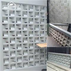 Roster Beton Minimalis - HP/WA: 08122833040 - Omah Genteng | OMAGENCE: Gedung perkantoran oleh Omah Genteng, Minimalis Beton
