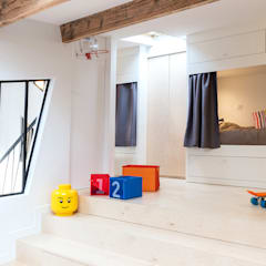 Boys Bedroom by Créateurs d'Interieur,