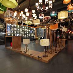Ruang Komersial Modern Oleh F.Quad Architecture and Interior Design Studio Modern