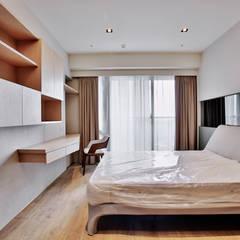 瑞嗎空間設計의  작은 침실