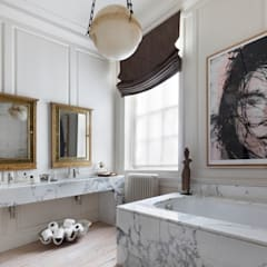 Kensington Square:  Bathroom by Studio Duggan