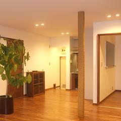 土間のある家 ラスティックデザインの ダイニング の 湘南建築工房 一級建築士事務所 ラスティック