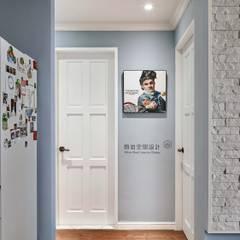顥岩空間設計의  욕실, 에클레틱 (Eclectic)