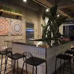 카페 인테리어 CAFE INTERIOR_부산인테리어: 감자디자인의  다이닝 룸,북유럽