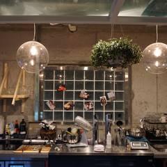 카페 인테리어 CAFE INTERIOR_부산인테리어: 감자디자인의  다이닝 룸,인더스트리얼