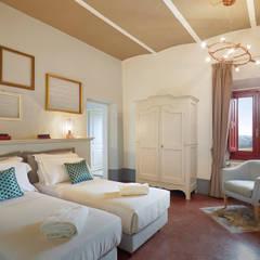 Hoteles de estilo  por IEP! Design,
