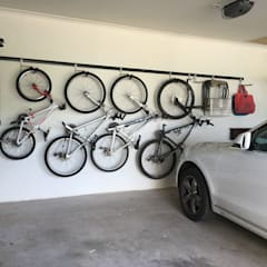 Garage Wall Storage Ideas:  Garage/shed by MyGarage,