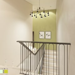 Stairs by Мастерская интерьера Юлии Шевелевой