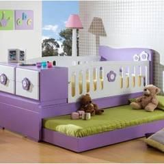 CAMA CUNA INFANTIL..: Habitaciones de estilo  por MUEBLERIA Y CARPINTERIA MADEYRA,