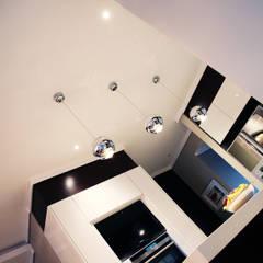 Ebotse:  Built-in kitchens by Plan Créatif